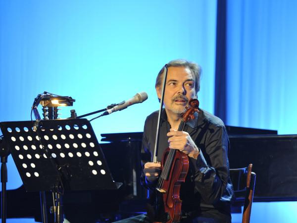 © Massimo Forchino / lapresse 14-11-2009 Sanremo, Italia spettacolo Premio Tenco - Festival della Canzone d'Autore Nella Foto: Mauro Pagani